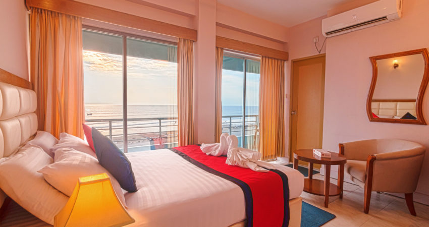 Up to 8% discount on Int'l Hotel